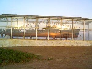 দিঊ দ্বীপে খুকরির ভাগ্যহত নৌসেনাদের সম্মানে নির্মিত স্বারক