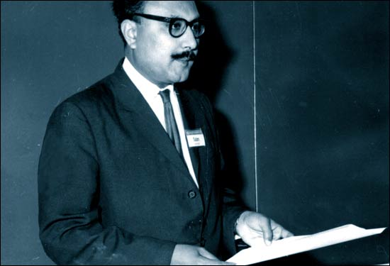 ১৯৬২ সালে ৩৬ বছর বয়সে আবদুস সালাম